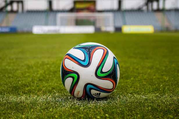 the-ball-stadion-football-the-pitch-39362.jpeg