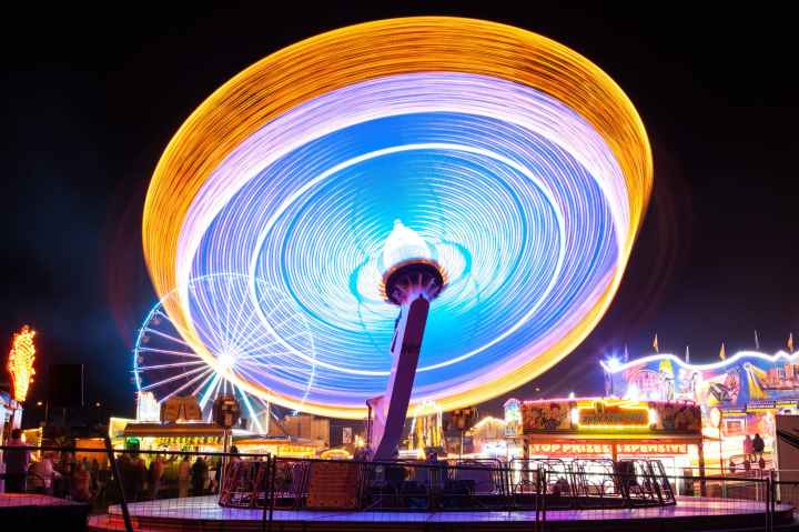 amusement park blur bright carnies