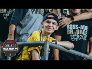 Purdue-Boilermakers-Rally-Support-Behind-One-Of-Their-Own-Super-fan-Tyler-Trent--College-GameDay-Image-6965655
