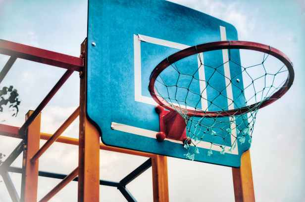 blue and brown basketball hoop