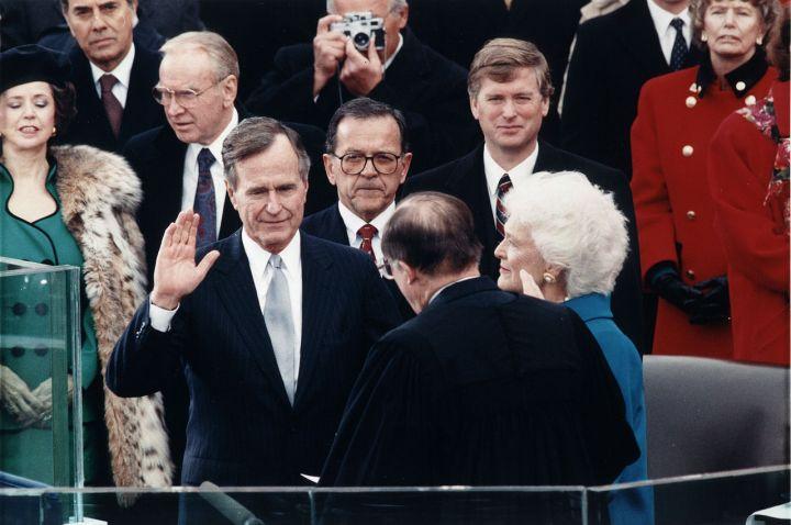 1280px-George_H._W._Bush_inauguration