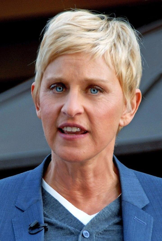800px-Ellen_DeGeneres_2011
