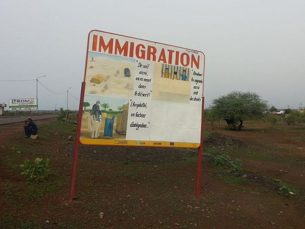 Immigration_Schild
