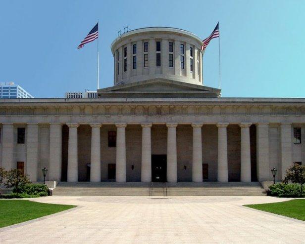 Ohio_Statehouse_columbus-696x559.jpg